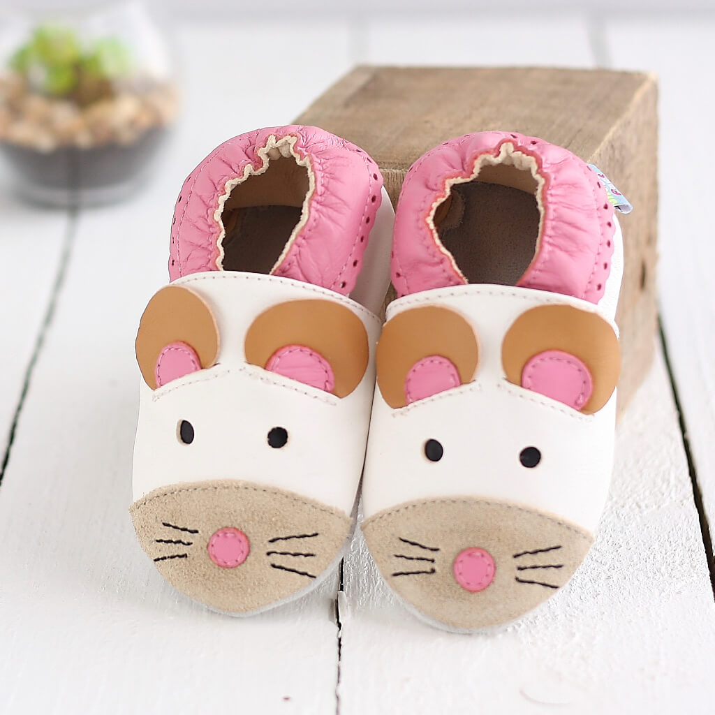 7ae1daedf76e ... Cute Mouse Soft Leather Baby Shoes