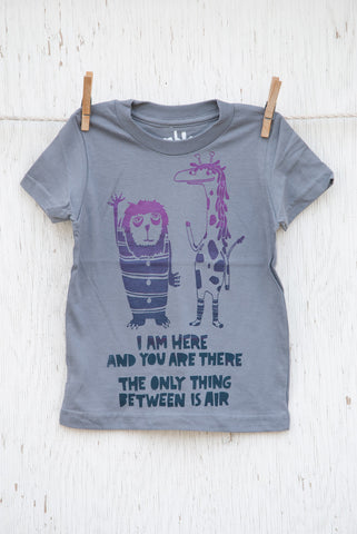 The Air Between: Lion and Giraffe - Slate Kid's T-shirt
