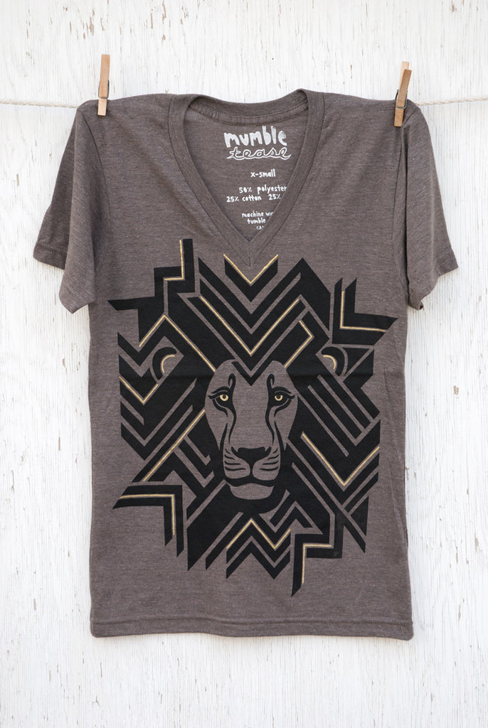 Geometric Lion - Coffee Unisex V-neck
