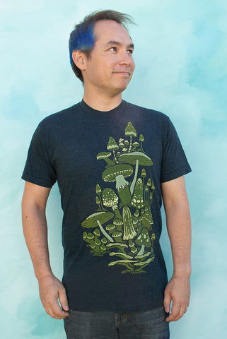 Mushrooms - Black Aqua Men's T-shirt