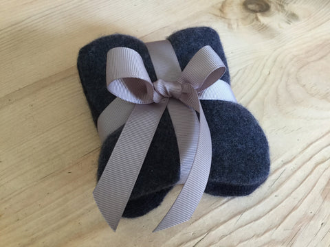 cashmere & organic lavender sachet set - dark navy/denim blue