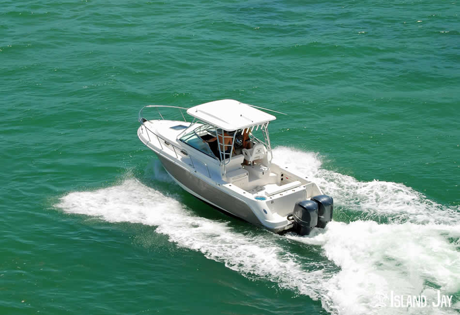 Boating in the Beautiful Waters of the Florida Keys