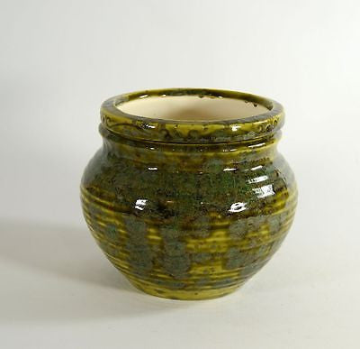Medium Pottery Style Pagoda Green