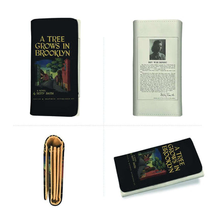 """A Tree Grows In Brooklyn""Womens Wallet - Gifts For Reading Addicts"