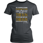"""As if she were the sun"" Women's Fitted T-shirt - Gifts For Reading Addicts"