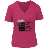 """To read or not to read"" V-neck Tshirt"