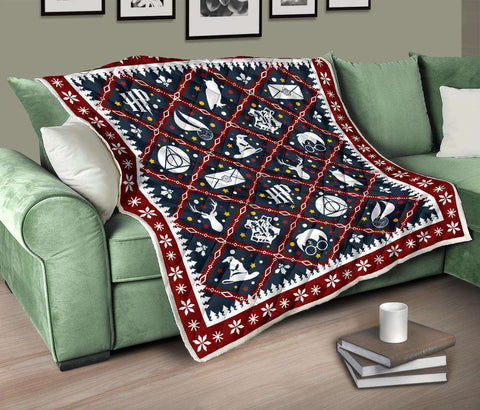 HP Christmas Quilt - Gifts For Reading Addicts