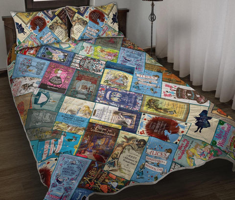 """Alice In Wonderland""Book Covers Quilt Bed - Gifts For Reading Addicts"