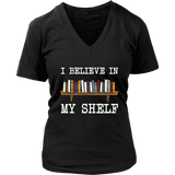 """I believe in my shelf"" V-neck Tshirt - Gifts For Reading Addicts"