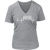Book heart beat - V-neck - Gifts For Reading Addicts