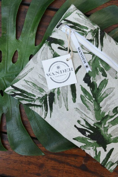 Stand Tall - Palm Frond Green Bag