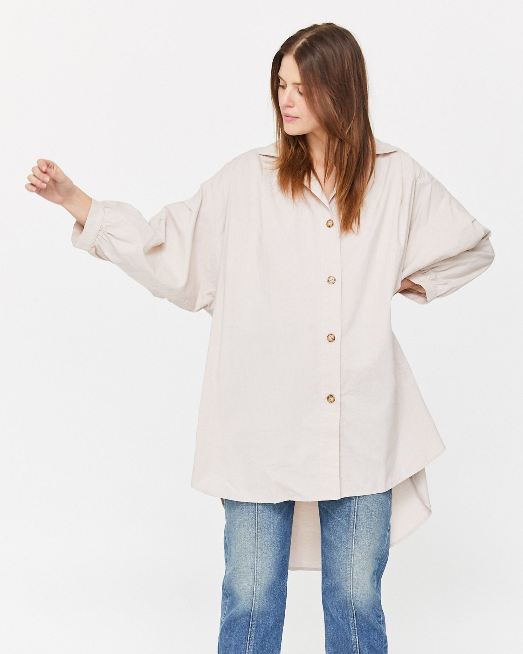 CHELLE OVERSIZED BUTTON DOWN - PEARL