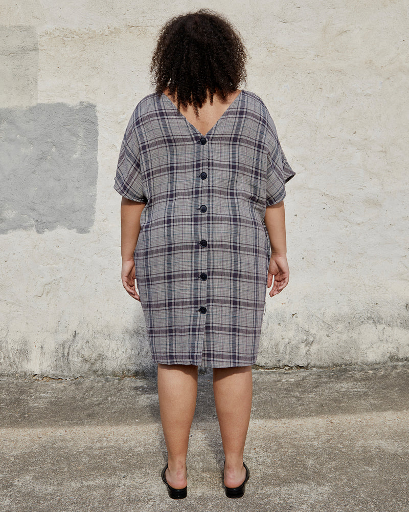 Load image into Gallery viewer, MACI DRESS - MIDNIGHT VINTAGE PLAID