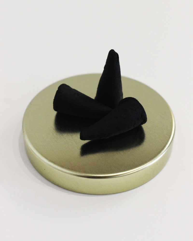 Load image into Gallery viewer, SAINT RITA PARLOR - INCENSE CONES - SIGNATURE SCENT