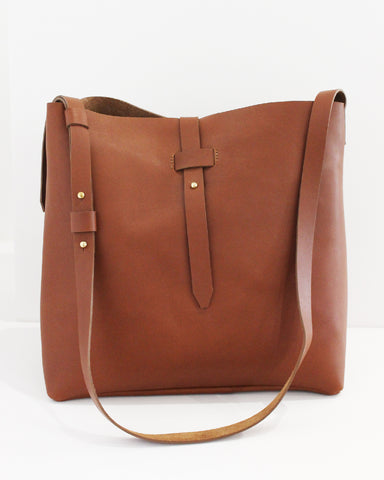 ESBY BUCKET TOTE - BROWN CALFSKIN