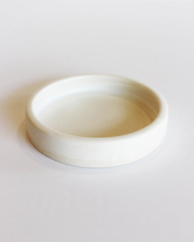 NOTARY CERAMICS - SHALLOW DISH - SATIN WHITE