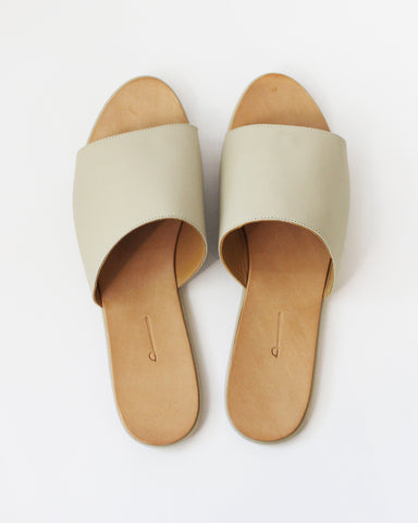 THE PALATINES - CAELUM SLIDE - CREAM SUPER MATTE LEATHER