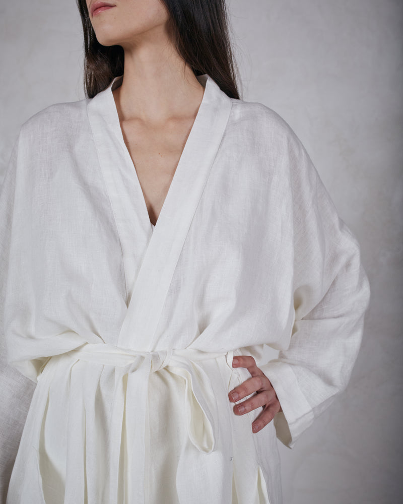 Load image into Gallery viewer, ESBY ROBE - WHITE
