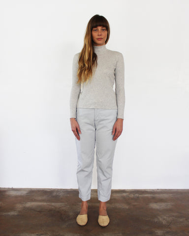 ALI RIB TURTLENECK - LT. GREY