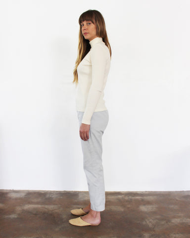 ALI RIB TURTLENECK - IVORY