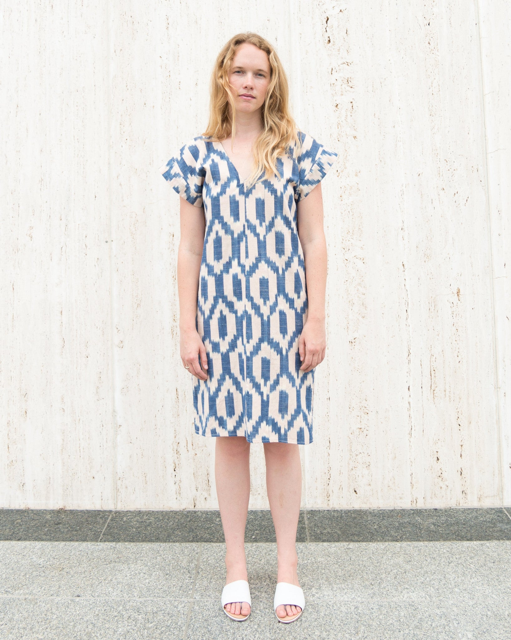 esby-apparel-womenswear-designed-in-austin-made-in-usa-annie-dress-blush-blue-ikat
