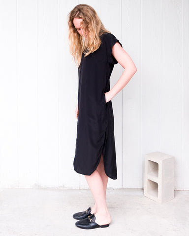 KATE SILK DRESS - BLACK