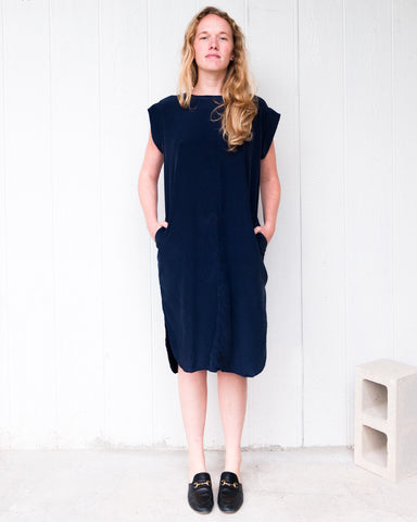 KATE SILK DRESS - NAVY