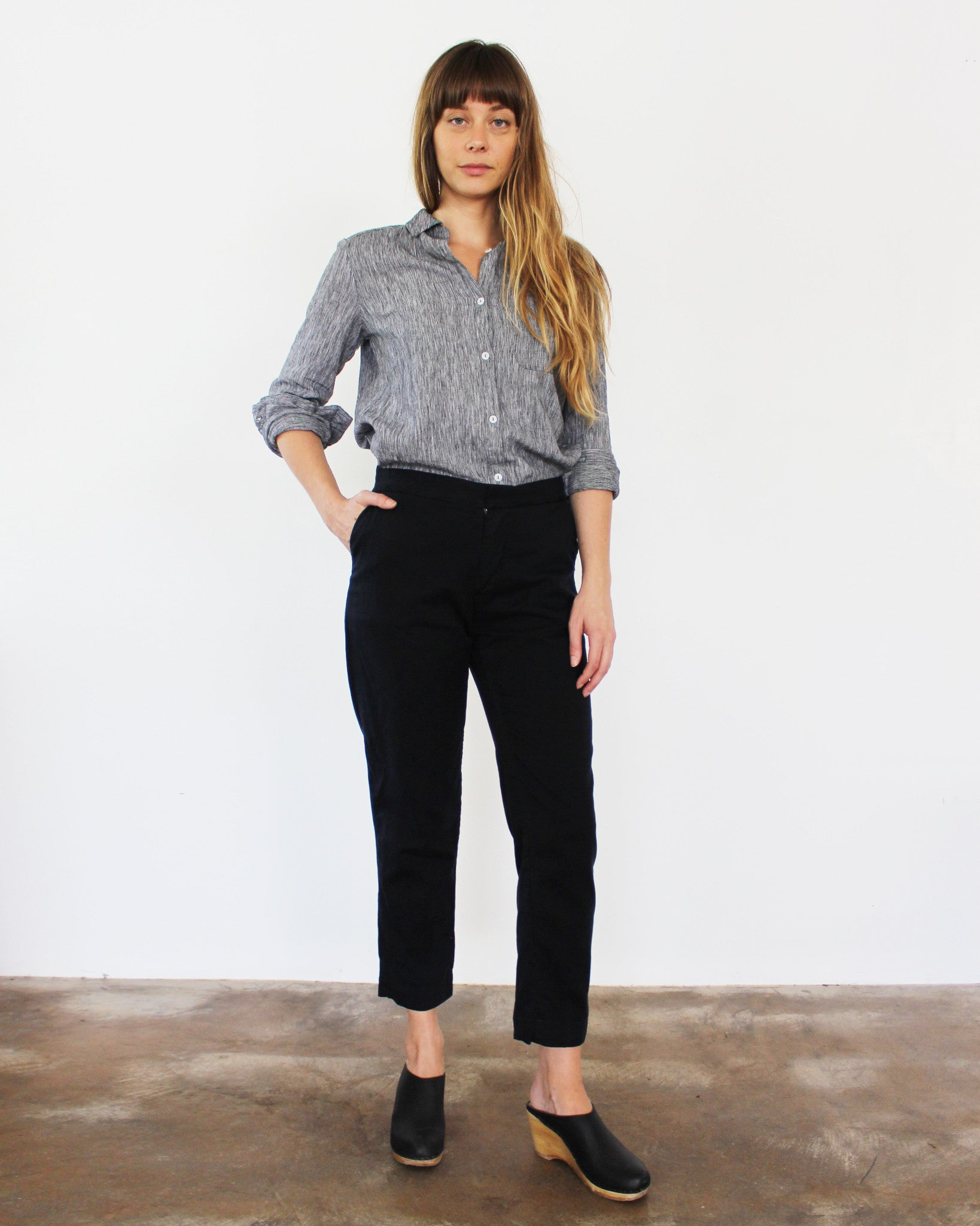 black relaxed cropped twill pants