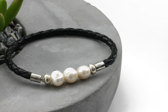 KTC-355 Leather and Freshwater Pearls