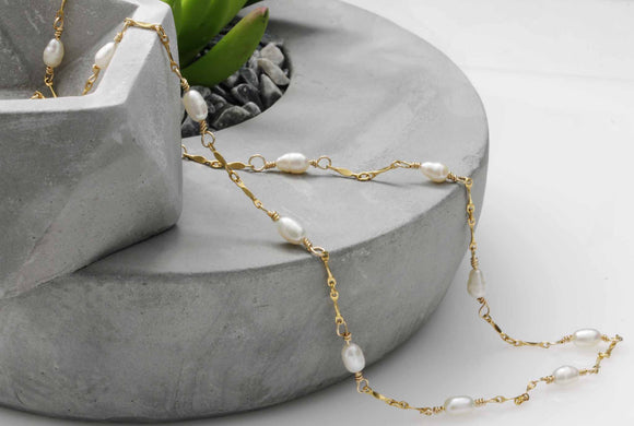 KJ-011 Freshwater Pearls with Gold Chain Necklace - Kalitheo Creations