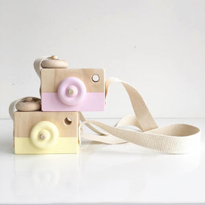 Wooden Toy Camera - Fuchsia Falls