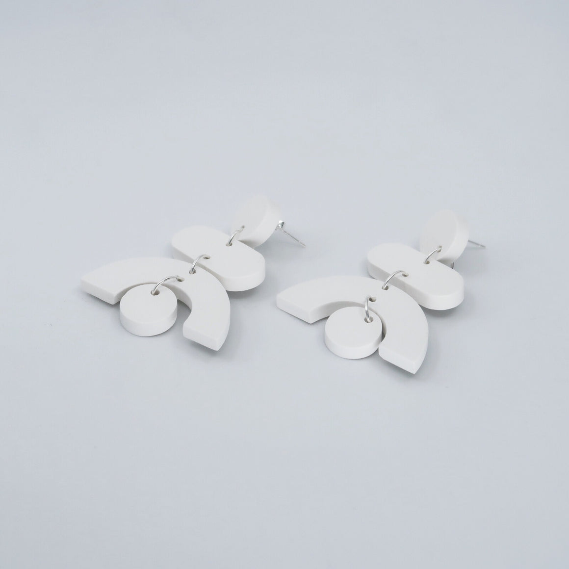 Pendulum Earrings - White