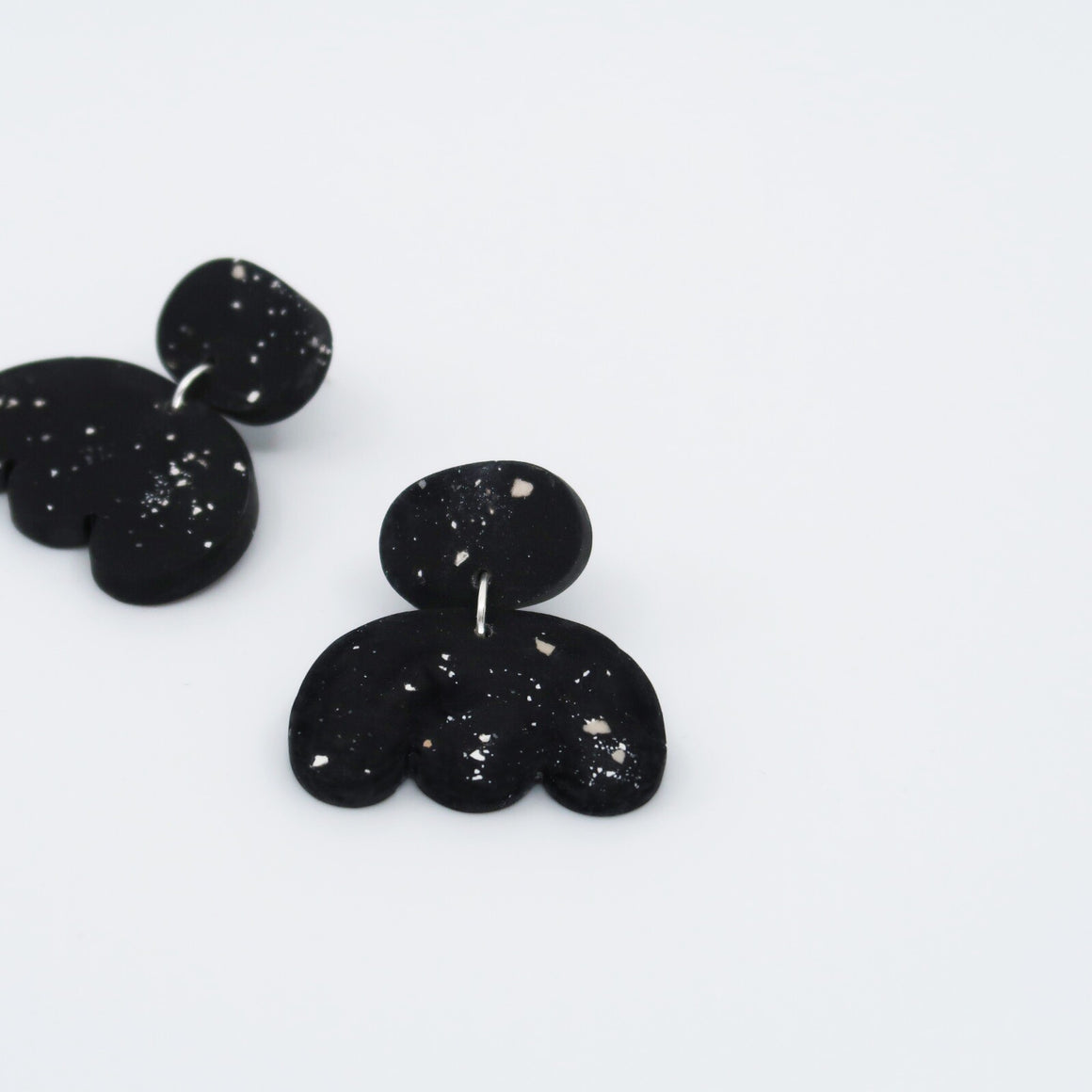 Shell Drop Earrings - Black Speckle