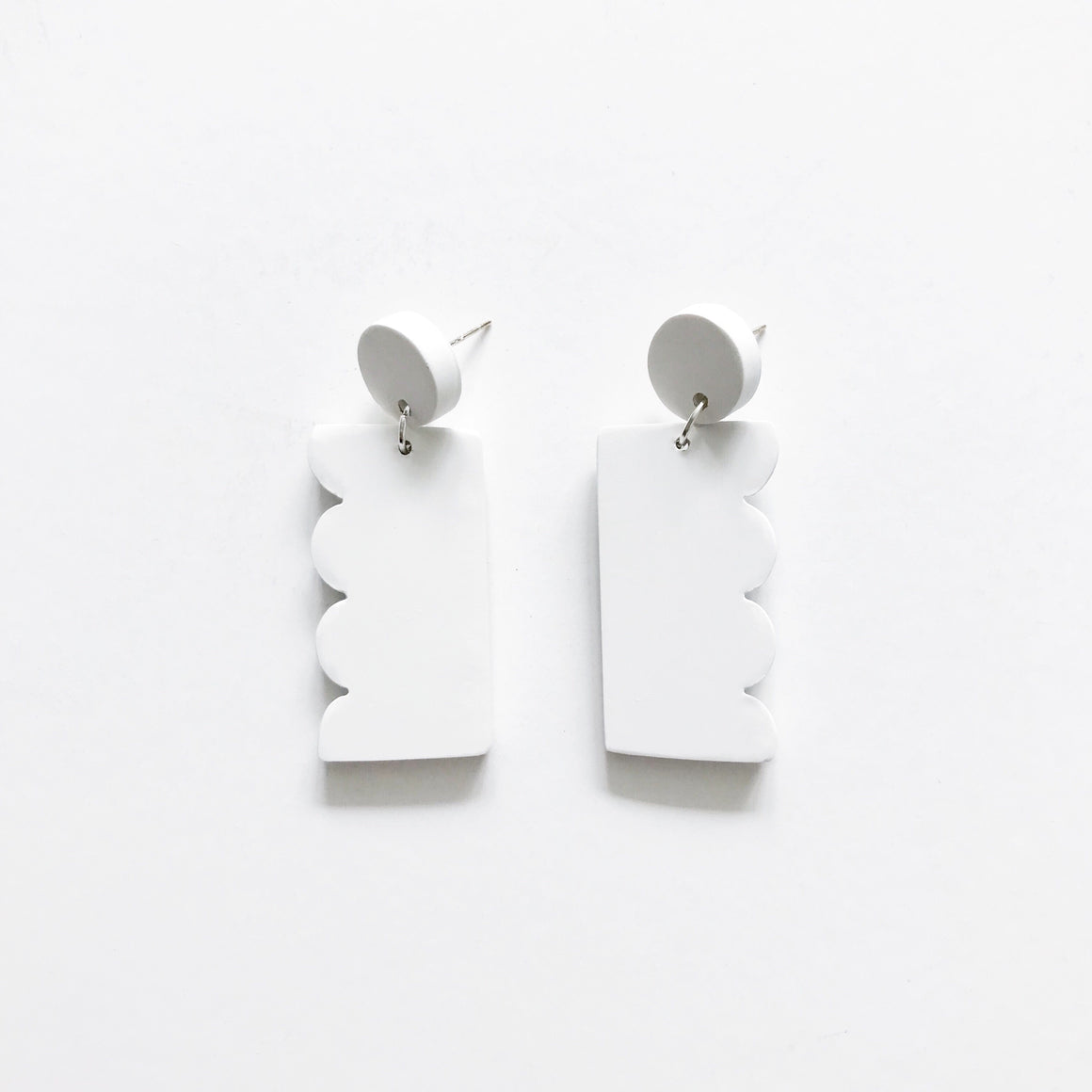 Scallop Drop Earrings - White