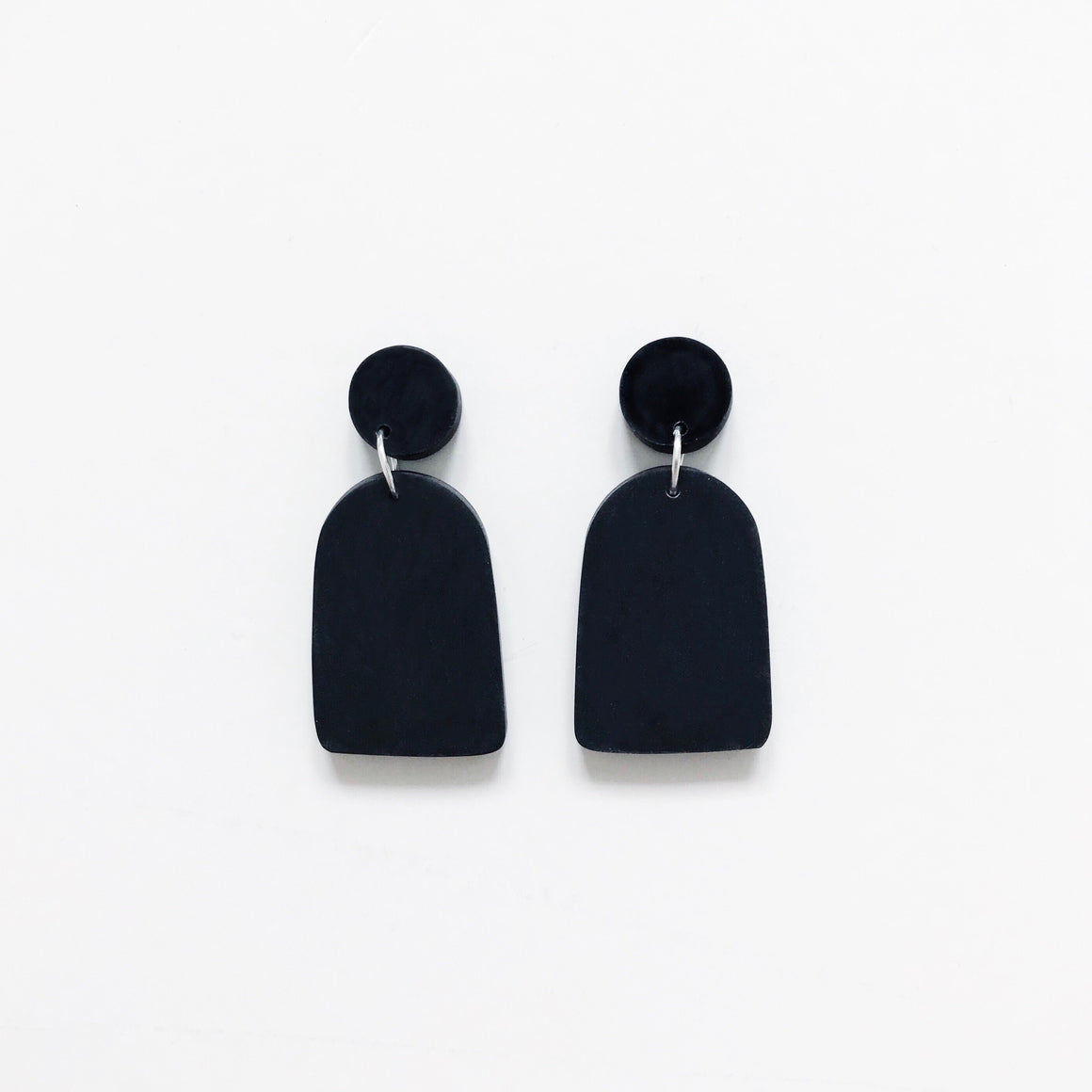 Arch Drop Earrings - Black