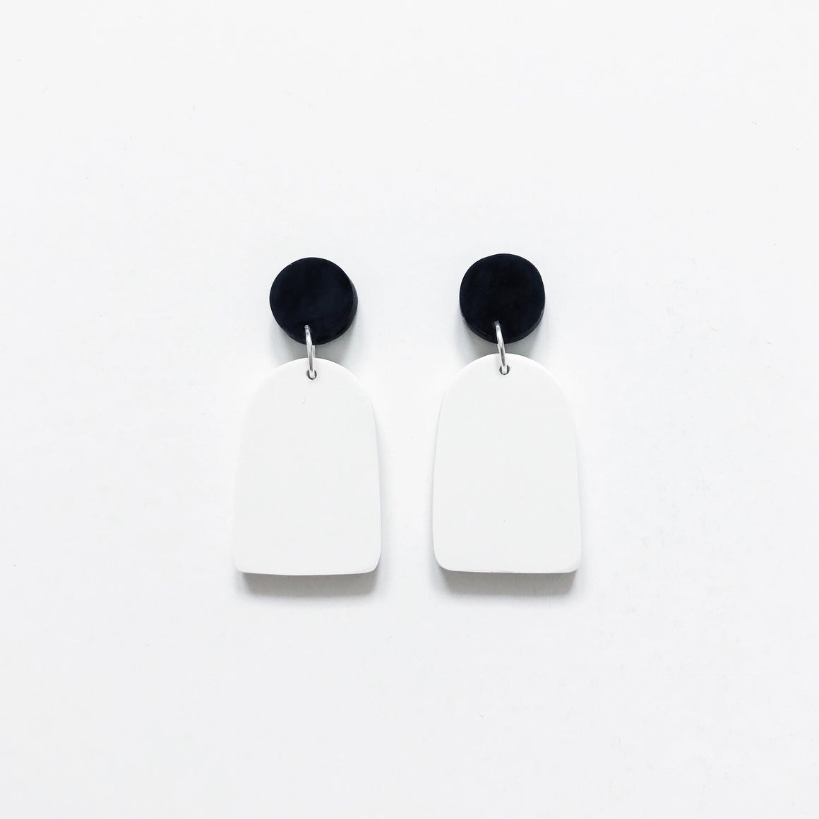 Arch Drop Earrings - Mono