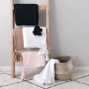 Organic Cotton Muslin XL Throw Blanket - Onyx Tassels