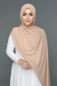 NN Basic Shawl (Milk Tea)