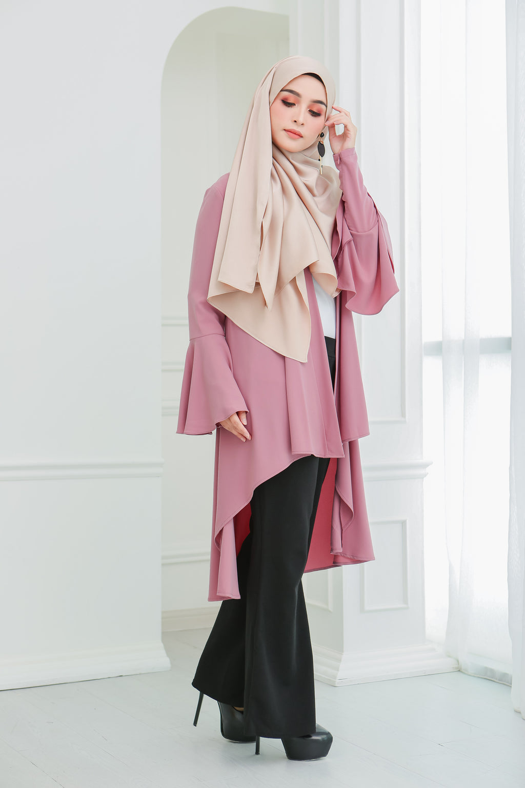 Short Flare Sleeve Cardi (Rosy Pink)