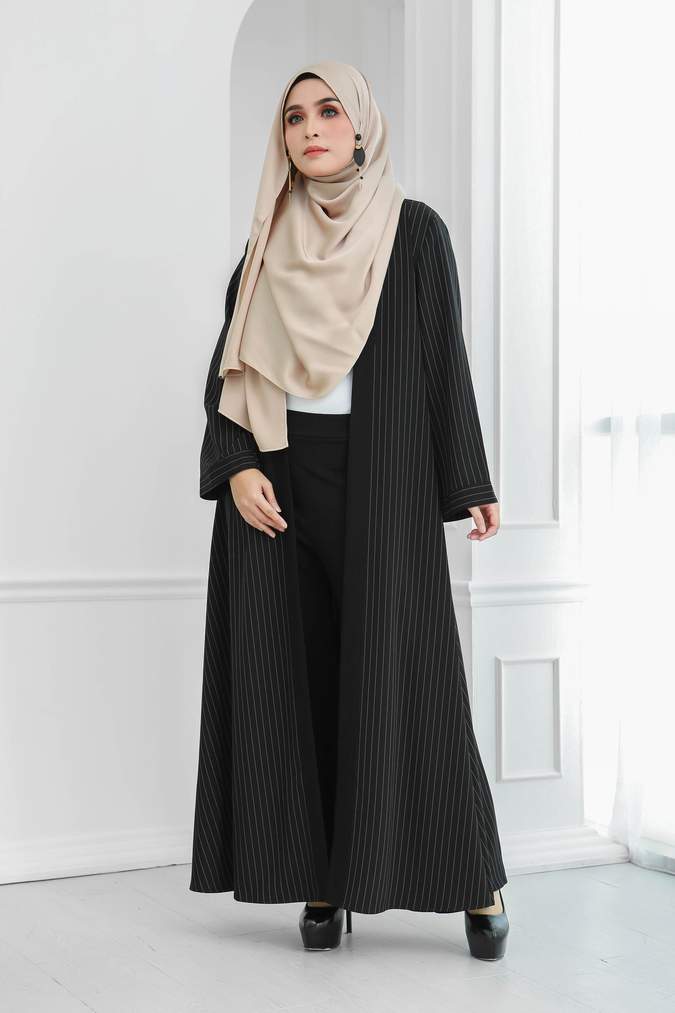 Stripe Long Cardi (Black)