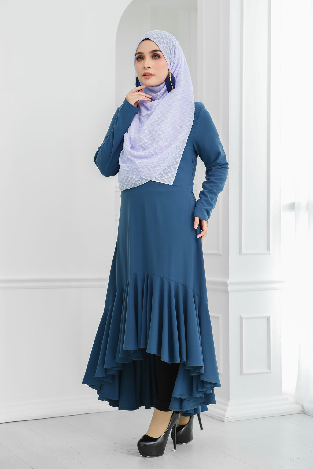 Ruffle Hem Dress (Blue)
