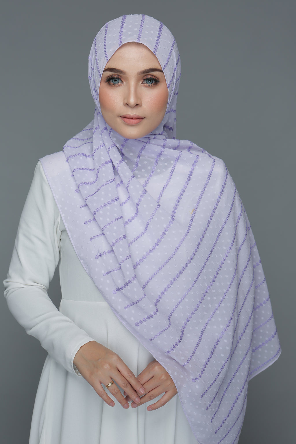 Textured Embroidery Shawl (Lavender)