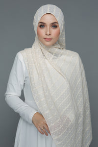 Textured Embroidery Shawl (Cream)