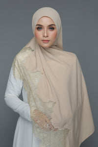 Powdered Chiffon Lace Pearl (Length)