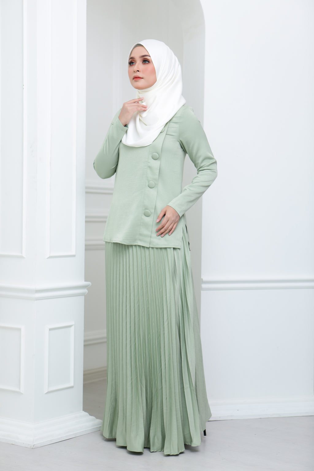 Satin Pleated Co Ord (Mint)
