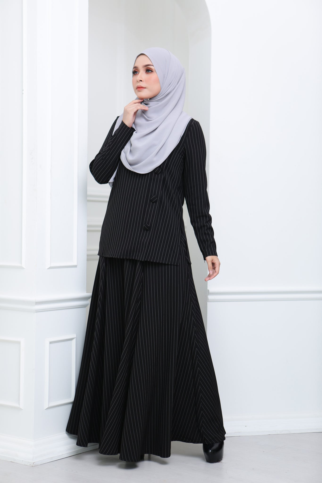 Flare Stripe Co Ord (Black)