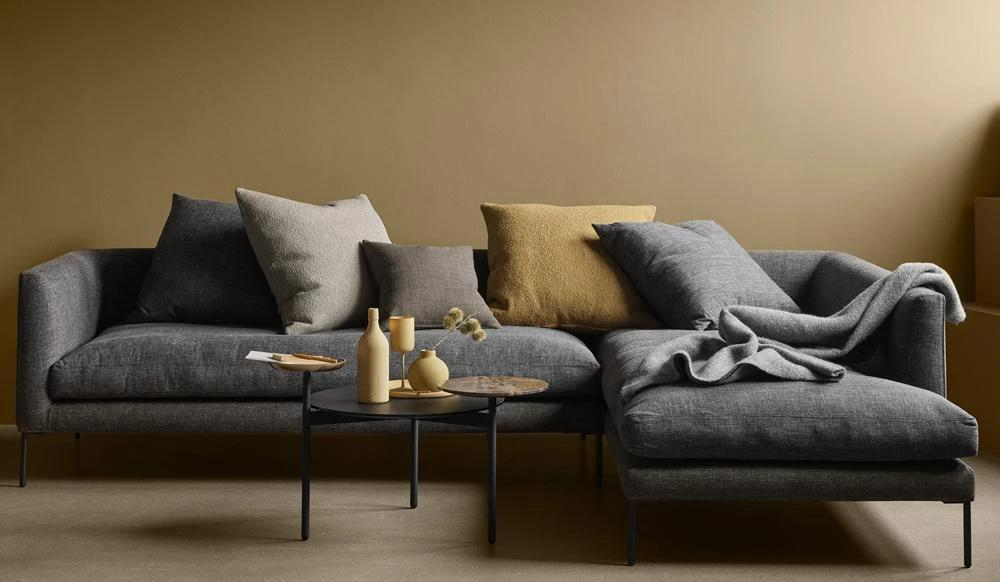 Blade Sofa | Right Chaise