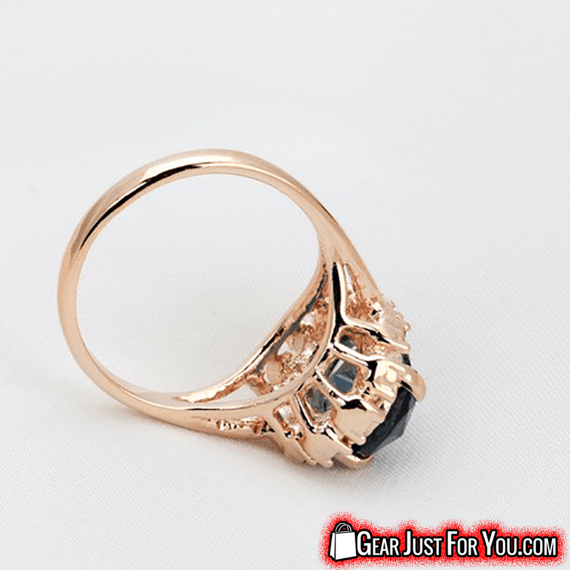 Precious Blue Gemstone Eco-Friendly Gilding Crystal Rose Gold Plated  Emerald Round Cocktail Ring