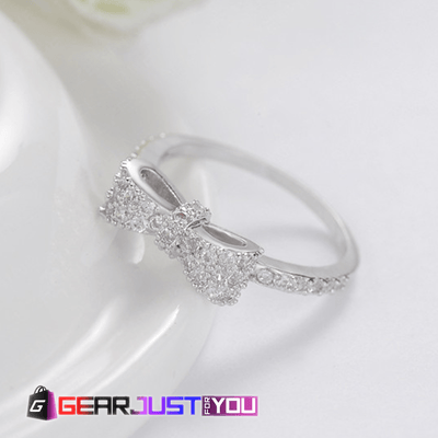 Amazing Bow Tie Cubic Zirconia Women's Engagement Ring