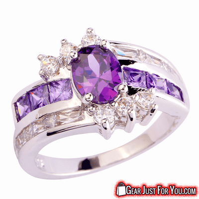 Elegant Design Oval Cut Amethyst & White Topaz Gemstones Ring